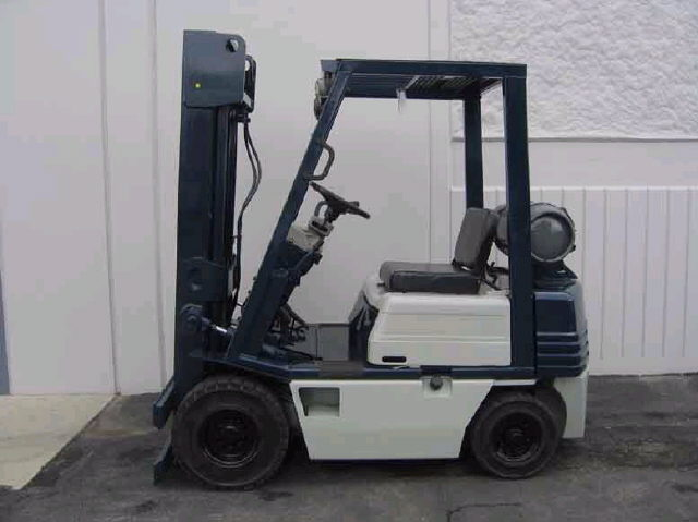 Where to find FORKLIFT CLARK C25 9947CN in Louisville