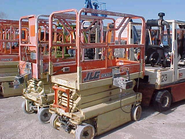 Where to find LIFT SCIS JLG2632ES 2169 in Louisville