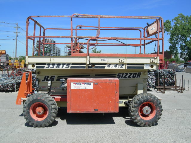 Where to find SCISSOR LIFT, JLG 33RTS 1965 G in Louisville