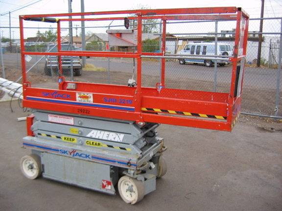 Where to rent SCISSOR LIFT, SKYJACK 3219SJIIIE in Louisville KY and Lexington KY