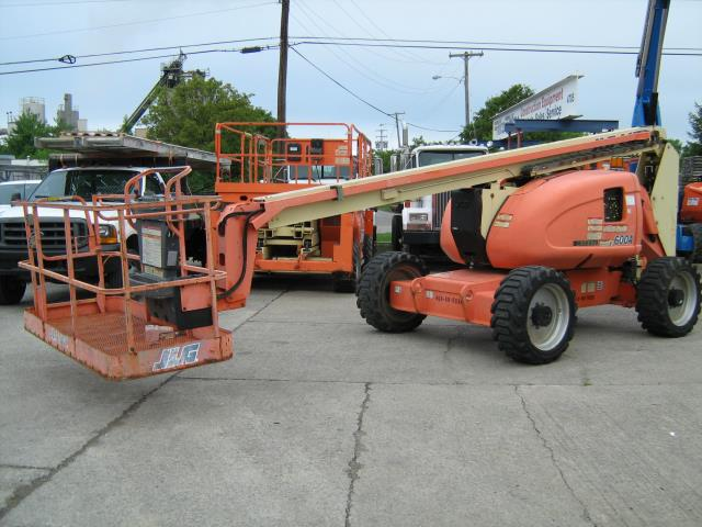 Where to find BOOM LIFT JLG600A 4wd 86162 G in Louisville