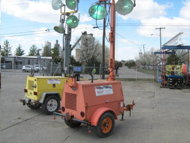 Where to find LIGHT TOWER ALLMAND LP40 in Louisville